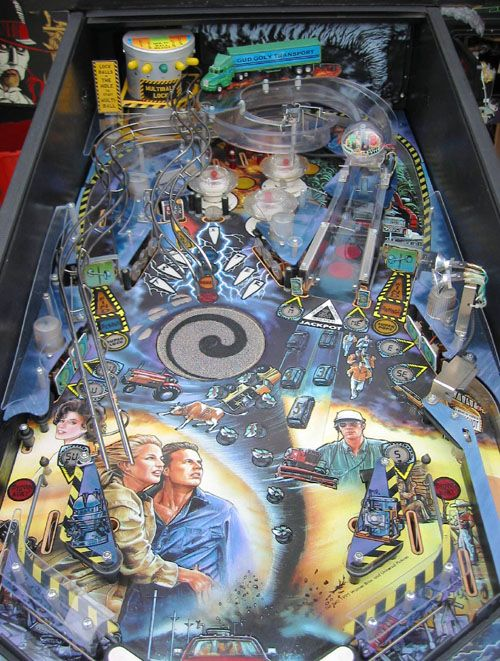 Twister – Playfield – Campo (500×661)